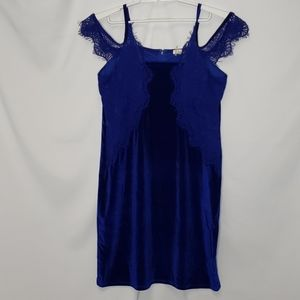 Velvet & Lace Cold Shoulder Dress Size 1X New
